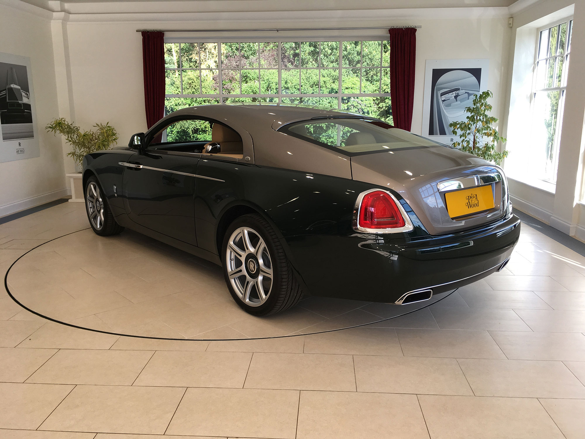 Rolls Royce Wraith  Big Business Events and Adam Stott Take Gold Clients To Rolls Royce IMG 3054